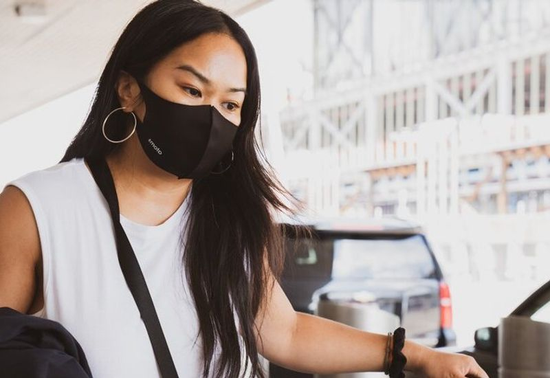 student_travel_pandemic_mask
